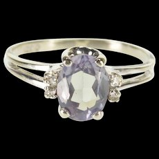 10K Oval Syn. Alexandrite Diamond Accented Split Band Ring Size 7.75 White Gold [QWQQ]