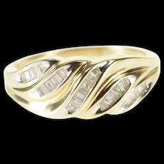 10K 1.00 Ctw Channel Baguette Diamond Wavy Band Ring Size 6.75 Yellow Gold [QWQX]