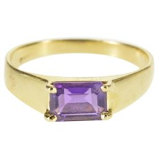 14K Emerald Cut Amethyst Solitaire Prong Set Ring Size 6.75 Yellow Gold [QRXT]