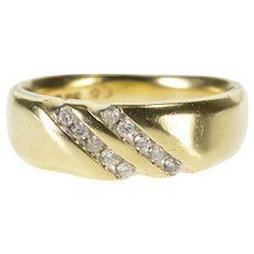 10K 0.20 Ctw Diagonal Channel Men's Wedding Band Ring Size 11 Yellow Gold [QWXC]