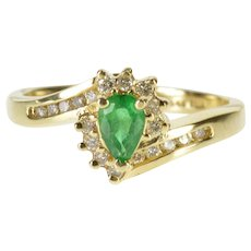 14K 0.55 Ctw Emerald Diamond Halo Accent Freeform Ring Size 7 Yellow Gold [QWXC]
