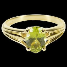 14K Oval Peridot Prong Solitaire Grooved Design Ring Size 5.5 Yellow Gold [QWQC]