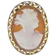 10K Victorian Carved Shell Ornate Cameo Oval Pin/Brooch Yellow Gold  [QWXF]