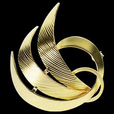 8K Textured Curved Wavy Swirl Design Retro Pin/Brooch Yellow Gold  [QWXF]