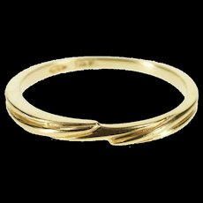 14K Wavy Grooved Design Fancy Wedding Band Ring Size 6.75 Yellow Gold [QWXF]