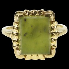 10K Scalloped Nephrite Jade Solitaire Statement Ring Size 6.75 Yellow Gold [QRXQ]