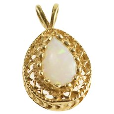 14K Pear Syn. Opal Prong Set Wavy Trim Pendant Yellow Gold [QRXP]