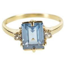 10K Emerald Cut Blue Topaz Diamond Accent Ring Size 7 Yellow Gold [QWXP]