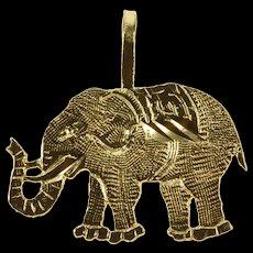 14K Textured Elephant Stylized Animal Pendant Yellow Gold  [QWQX]