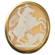 14K Ornate Mythology Battle Carved Horse Cameo Pin/Brooch Yellow Gold [QRXW]