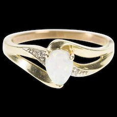 10K Pear Syn. Opal Diamond Accent Fashion Bypass Ring Size 6.5 Yellow Gold [QWQX]