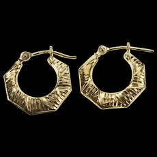 14K Squared Design Grooved Pattern Puffy Hoop Earrings Yellow Gold  [QWQX]