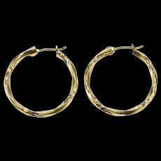 14K Grooved Pattern Squared Twist Hollow Hoop Earrings Yellow Gold  [QWQX]