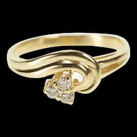 14K Diamond Triangle Cluster Wave Design Band Ring Size 6.5 Yellow Gold [QRXR]