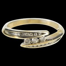 10K 0.15 Ctw Channel Inset Diamond Bypass Promise Ring Size 6 Yellow Gold [QRXR]
