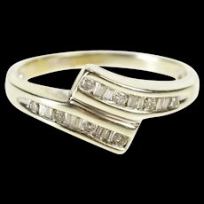 10K 0.20 Ctw Baguette Channel Diamond Bypass Band Ring Size 6 Yellow Gold [QRXR]