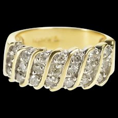 14K Diamond Encrusted Curvy Channel Band Ring Size 5.75 Yellow Gold [QRXR]