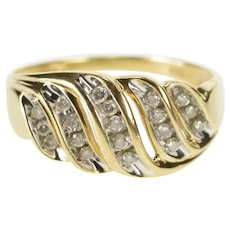 10K Curvy Diamond Channel Encrusted Fashion Band Ring Size 8.75 Yellow Gold [QRXS]
