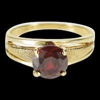 14K Round Garnet Solitaire Textured Design Ring Size 7.75 Yellow Gold [QRQX]
