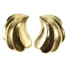 14K Retro Puffy Scalloped Curvy Fashion Clip Back Earrings Yellow Gold  [QWQQ]