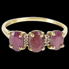 10K 2.02 Ctw Oval Ruby Diamond Accent Engagement Ring Size 6.25 Yellow Gold [QWQC]