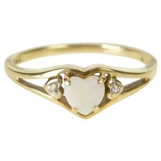 10K Heart Cut Natural Opal Diamond Accent Ring Size 6.5 Yellow Gold [QRXW]