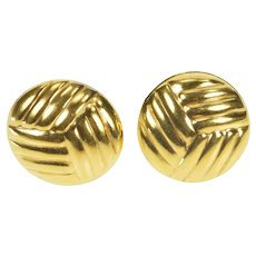 14K Rounded Volleyball Sports Ball Stud Earrings Yellow Gold [QRXW]