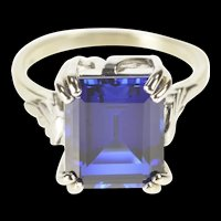 14K Emerald Cut Syn. Sapphire Solitaire Cocktail Ring Size 7.75 White Gold [QRXS]