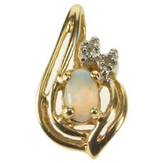 14K Oval Natural Opal Diamond Accent Pendant Yellow Gold [QRXR]