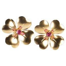 10K Retro Sim. Ruby Dogwood Flower Screw Back Earrings Rose Gold  [QRXT]