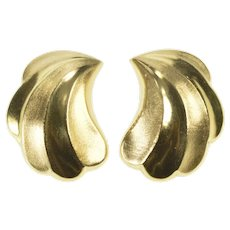 14K Brushed Finish Scalloped Wave Clip Back Earrings Yellow Gold [QRQQ]