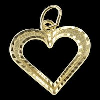 10K Diamond Cut Pattern Heart Cut Out Love Symbol Charm/Pendant Yellow Gold [QRXS]