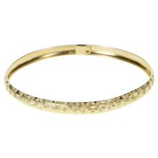 """10K Textured Grooved Pattern Oval Fashion Bangle Bracelet 7.25"""" Yellow Gold [QRQQ]"""