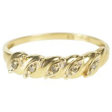 10K Diamond Petal Inset Simple Wedding Band Ring Size 8.75 Yellow Gold [QRXP]