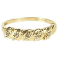 10K Diamond Petal Inset Simple Wedding Band Ring Size 8.75 Yellow Gold [QRQC]