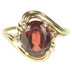 10K Oval Sim. Garnet Diamond Accent Cocktail Ring Size 7 Yellow Gold [QRQC]
