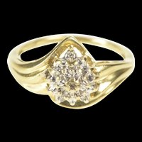 10K Pear Diamond Accent Textured Cluster Statement Ring Size 7 Yellow Gold [QRXP]