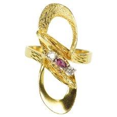 18K 1950's Ruby Diamond Infinity Loop Statement Ring Size 8.75 Yellow Gold [QRQC]
