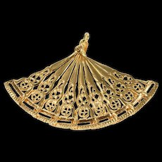 14K Articulated Victorian Hand Fan Ornate Pendant Yellow Gold [QRXW]