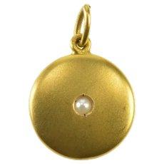 18K Pearl Inset Satin Finish Round Cute Circle Pendant Yellow Gold [QRQQ]