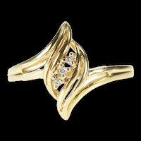 10K Diamond Inset Wavy Design Bypass Promise Ring Size 6 Yellow Gold [CXXP]