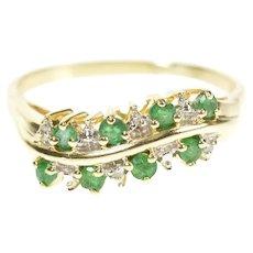 10K Wavy Emerald Diamond Wavy Statement Band Ring Size 9.5 Yellow Gold [CXXS]