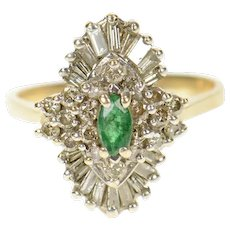 14K 0.85 Ctw Marquise Emerald Diamond Halo Ring Size 7.25 Yellow Gold [CXQC]