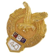 Gold Filled FOE Fraternal Order of the Eagle 40 Year Lapel Pin/Brooch  [CXQC]