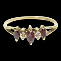 10K Marquise Ruby Three Stone Diamond Accent Ring Size 6 Yellow Gold [CXXW]