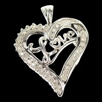 10K Heart Love Diamond Inset Classic Love Symbol Pendant White Gold [CXQC]