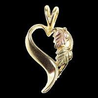 10K Two Tone Black Hills Leaf Heart Symbol Pendant Yellow Gold [CXQX]