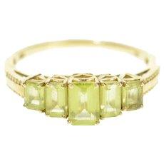 10K Graduated Emerald Cut Peridot Statement Ring Size 9 Yellow Gold [CXQX]