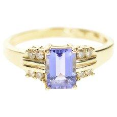 14K Emerald Cut Tanzanite Diamond Accent Ring Size 6 Yellow Gold [CXQX]