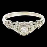 10K 0.18 Ctw Diamond Halo Promise Engagement Ring Size 7.75 White Gold [CXQC]